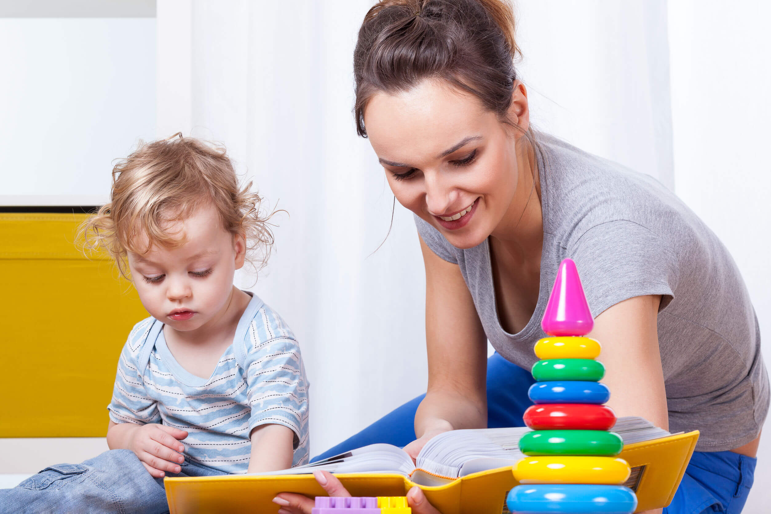 Caregiver Babysitter nannies in Canada